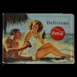 Postal Metálica Coca Cola Delicious