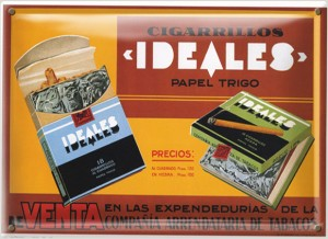 Postal Metálica Cigarrillos Ideales