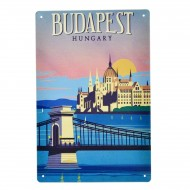 Cartel Metálico de Budapest